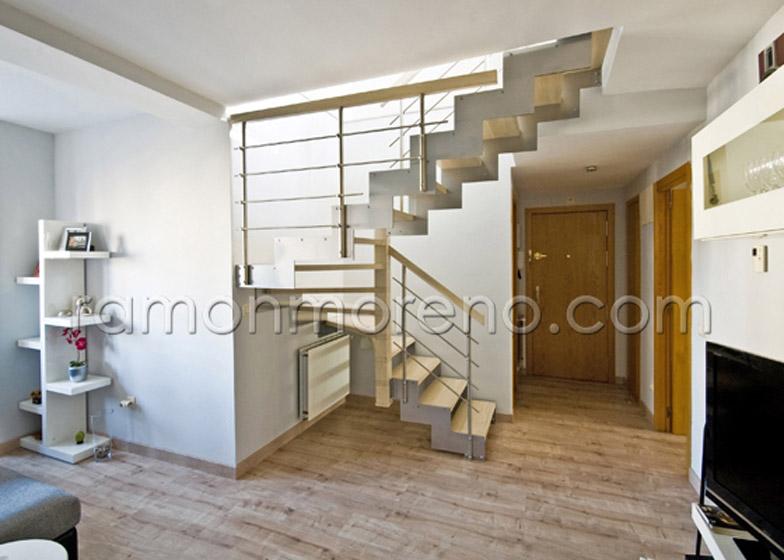 Fabrica de escaleras de interior a medida venta escaleras for Gradas metalicas para interiores