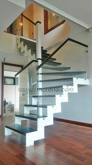 escaleras metalicas interiores